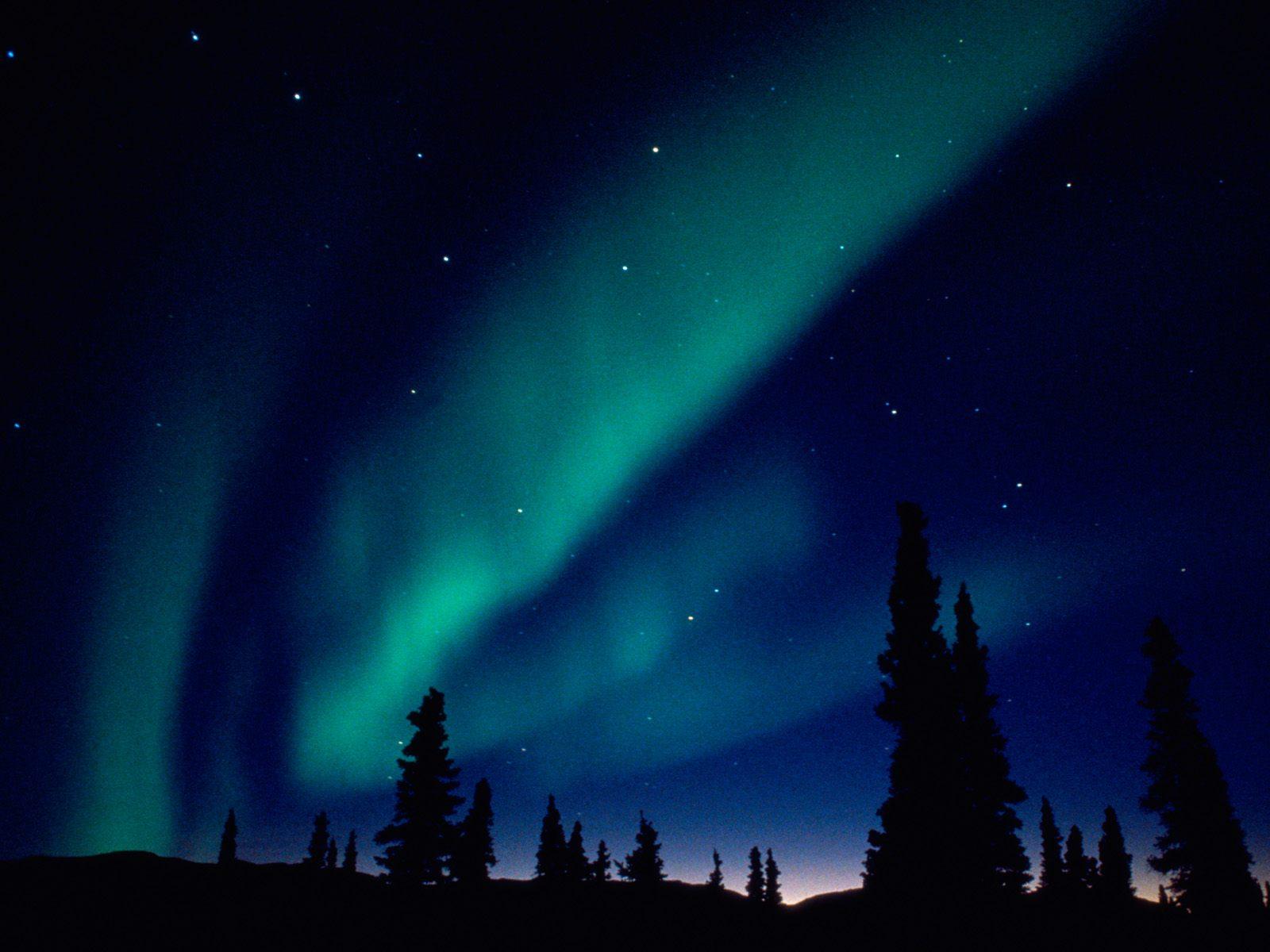 Wallpaper desktop della settimana 4 for Sfondi desktop aurora boreale