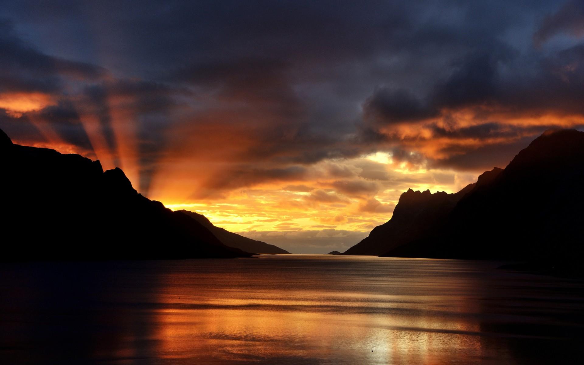 Desktop wallpaper tramonto sul lago for Foto full hd per desktop